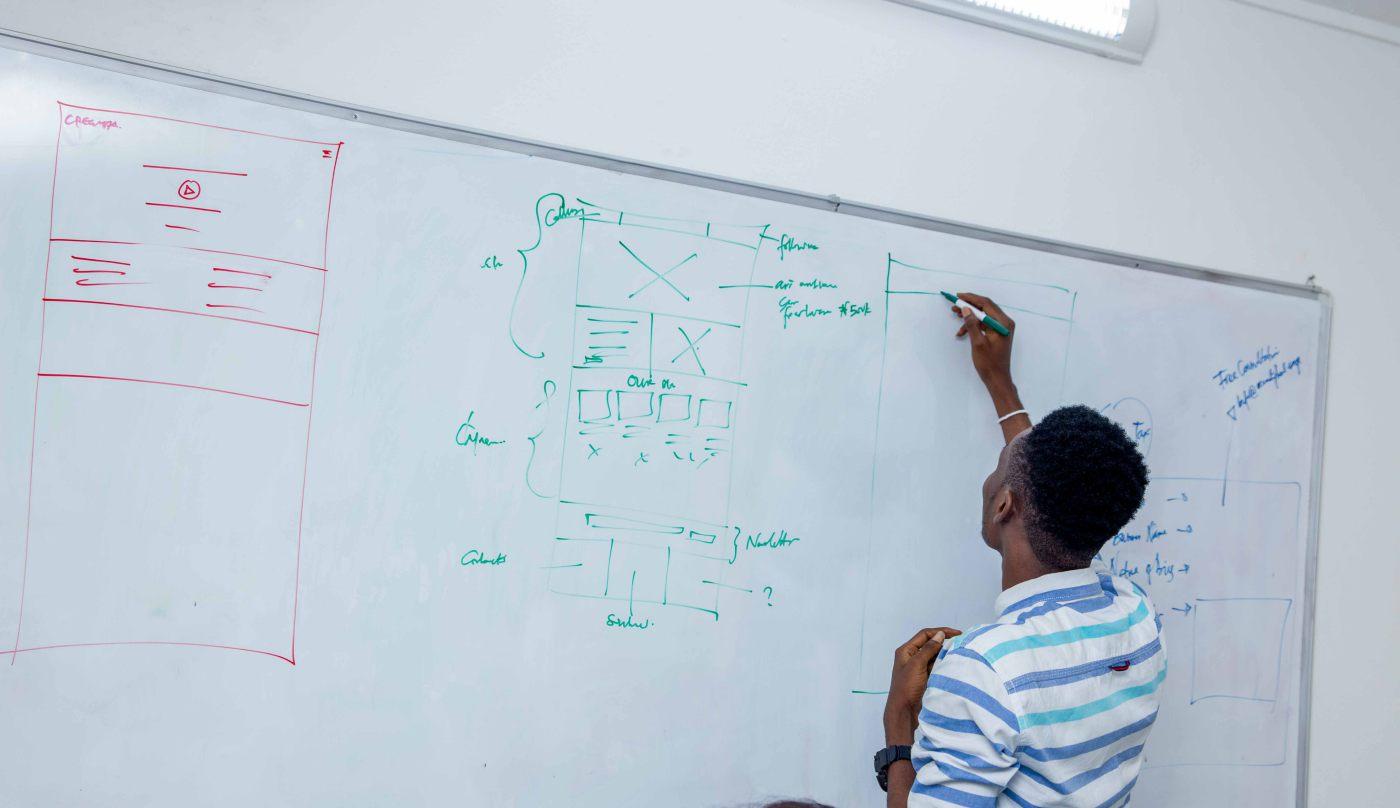 Cregital Design Agency Team 06