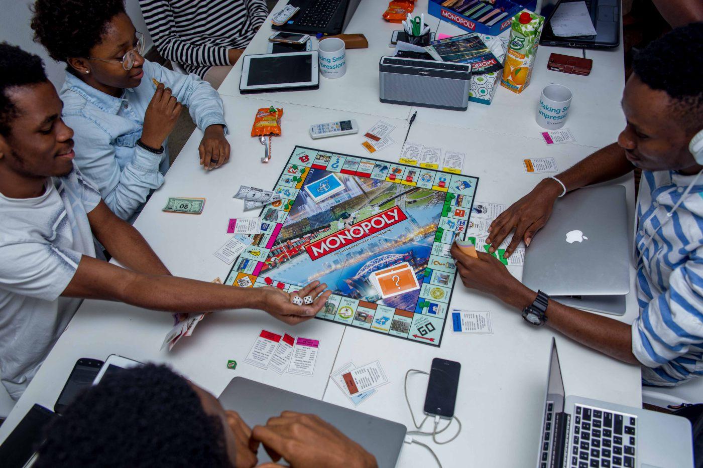 Cregital Design Agency Team 09